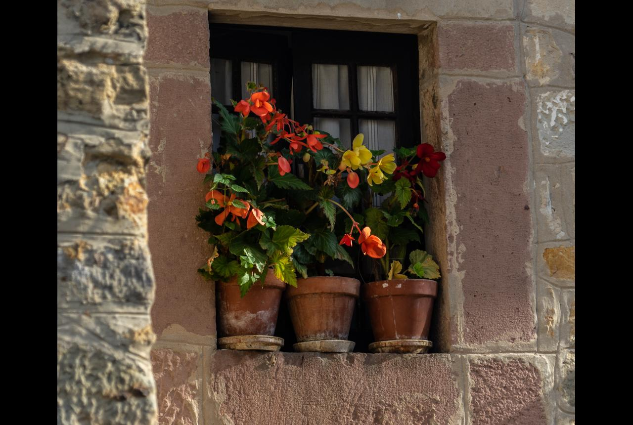 Good food and overnight stays in Santilla del mar, a very old town.